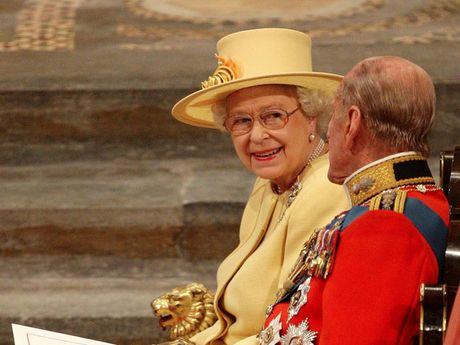 Nguong mo cuoc hon nhan keo dai 69 nam cua Nu hoang Elizabeth II - Anh 16
