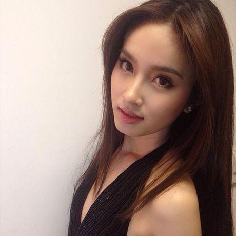 Huong Giang Idol, Lam Chi Khanh 'khoc thet' vi my nhan chuyen gioi Nong Poy - Anh 8