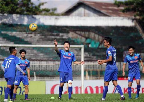 Xuan Truong duoc Incheon United 'tang qua' truoc tran gap Malaysia - Anh 1