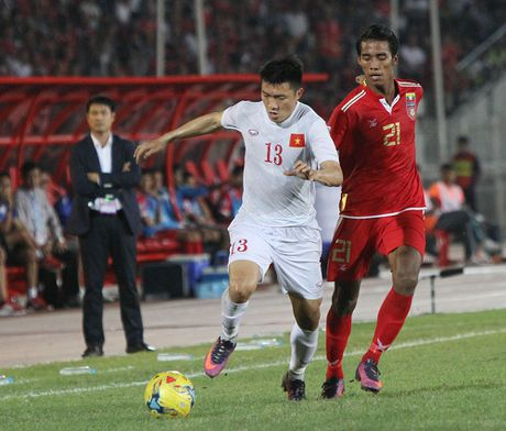DT Viet Nam - Malaysia: Can trong mieng danh bien - Anh 1