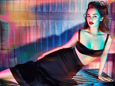 Emilia Clarke - My nu 'Long mau' van nguoi me - Anh 1