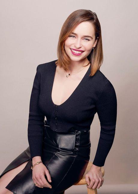 Emilia Clarke - My nu 'Long mau' van nguoi me - Anh 3