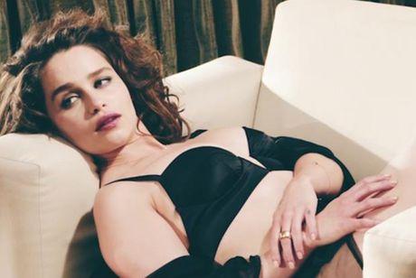 Emilia Clarke - My nu 'Long mau' van nguoi me - Anh 8