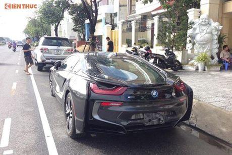 'Soi' sieu xe BMW i8 mau doc gia 7 ty ve Viet Nam - Anh 10