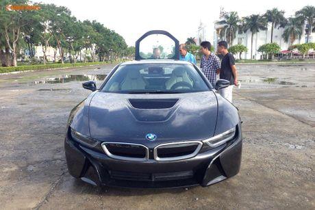 'Soi' sieu xe BMW i8 mau doc gia 7 ty ve Viet Nam - Anh 2