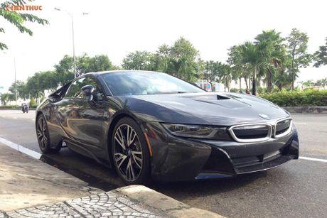 'Soi' sieu xe BMW i8 mau doc gia 7 ty ve Viet Nam - Anh 6