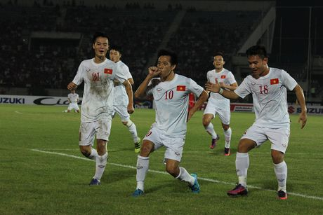 DTQG Viet Nam - Malaysia: Quyet thang tien vao ban ket - Anh 2