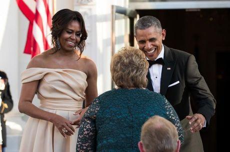 Trang phuc an tuong cua De nhat phu nhan Michelle Obama - Anh 4
