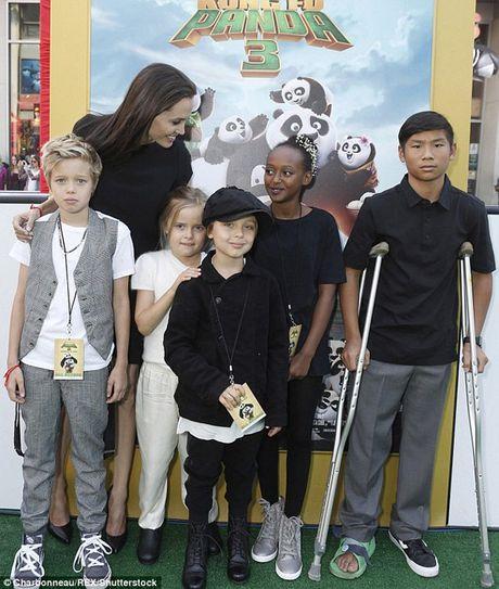 Brad Pitt va Angelina Jolie se tai hop dip le Ta on - Anh 2
