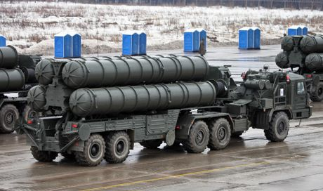 Tai sao My gian du khi Nga dua S-400, Iskander toi Kaliningrad? - Anh 2