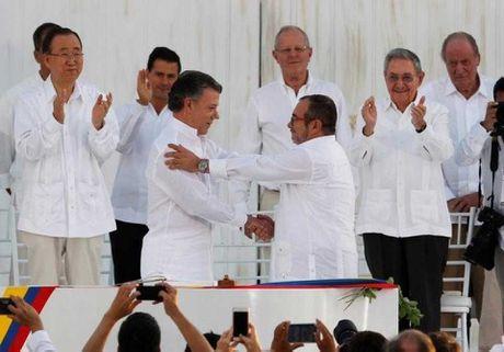 Chinh phu Colombia va FARC ky ket thoa thuan hoa binh moi - Anh 1