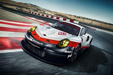 Porsche 911 RSR 2017 se xuat hien tai giai dua 24h Le Mans - Anh 1
