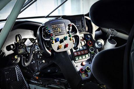 Porsche 911 RSR 2017 se xuat hien tai giai dua 24h Le Mans - Anh 2