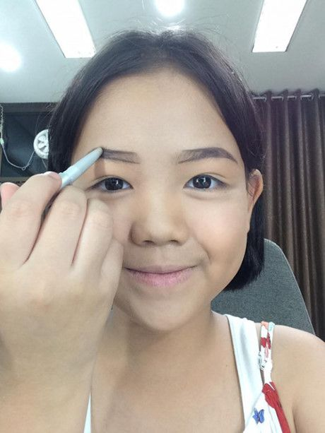 Be gai 10x tung khien MXH Viet sot vi clip day make up nay da xinh dep the nay day - Anh 3