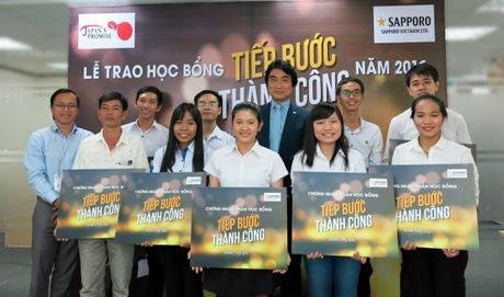 "Sapporo trao hoc bong ""Tiep buoc thanh cong"" nam 2016 - Anh 2"
