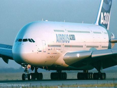 My cap phep ban may bay cho Iran - Anh 1