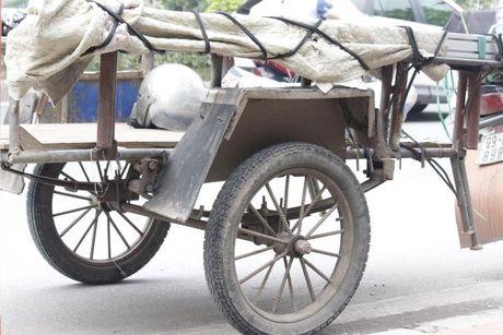 'May chem di dong' o at tai xuat tren duong pho Thu do - Anh 3