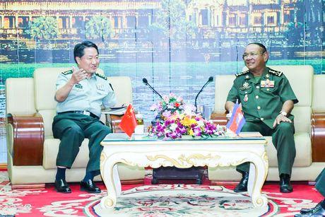 Campuchia lan dau dien tap cung Trung Quoc, bieu duong quan he 'chac nhu thep' - Anh 1