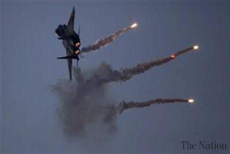 May bay Nga khong kich pha huy hoan toan trai huan luyen lon nhat cua IS - Anh 1