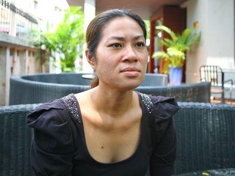 Tin giai tri ngay 23/11: me Hari bi cuop; Minh Beo muon ve Viet Nam - Anh 2