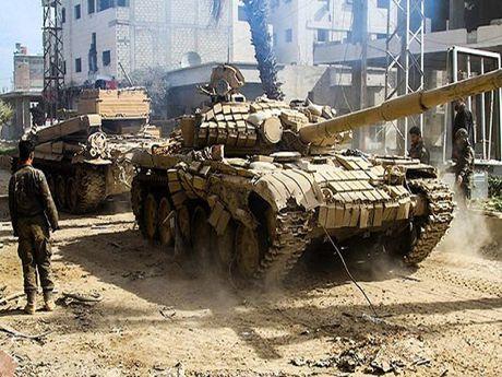 Syria: Phien quan that bai khi bat ngo tan cong vi tri quan doi o Aleppo - Anh 1