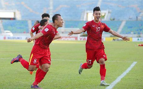 Thang sat nut Malaysia, tuyen Viet Nam dat mot chan vao ban ket AFF Cup - Anh 5