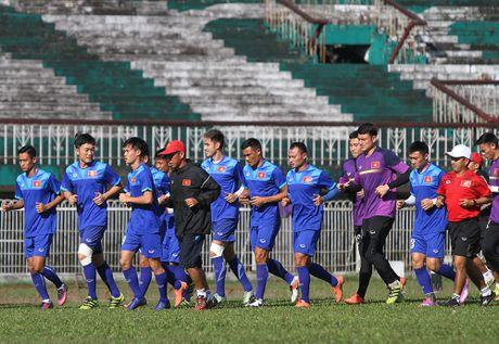 AFF Cup: Malaysia tu tin se vuot qua thay tro Huu Thang vi... troi nang nong - Anh 4