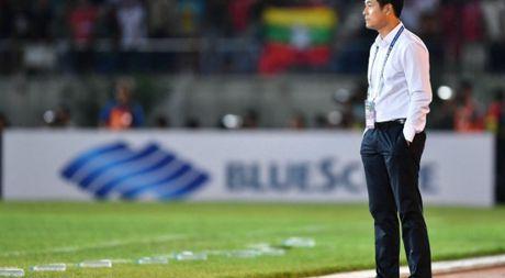 TRUC TIEP Viet Nam – Malaysia(H.1 0-0): Cong Phuong, Van Toan du bi - Anh 1