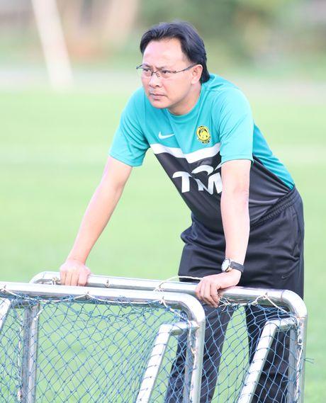 TRUC TIEP Viet Nam – Malaysia(H.1 0-0): Cong Phuong, Van Toan du bi - Anh 3
