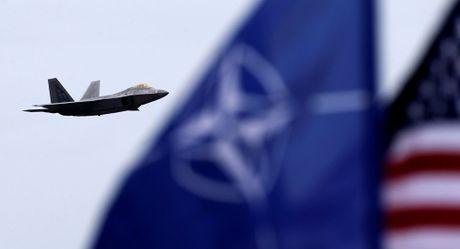 Dien Kremlin: Moscow lam tat ca de bao ve truoc su banh truong cua NATO - Anh 1