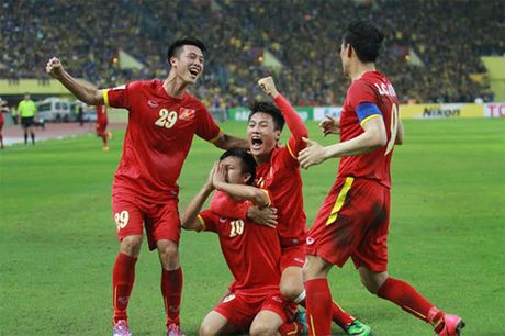 Viet Nam chua tung thua Malaysia o vong bang AFF Cup - Anh 1