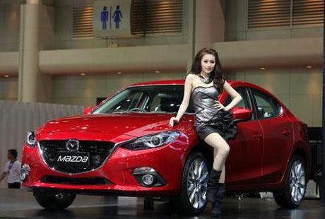 Trieu hoi 16.038 xe Mazda 3 de khac phuc loi phan mem dieu khien tui khi - Anh 1