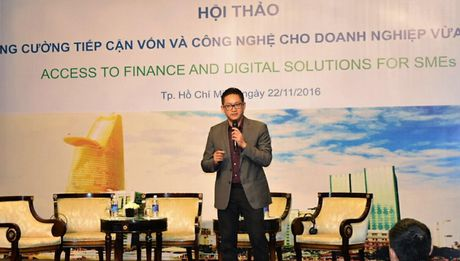 Microsoft cung Standard Chartered ho tro doanh nghiep Viet - Anh 1