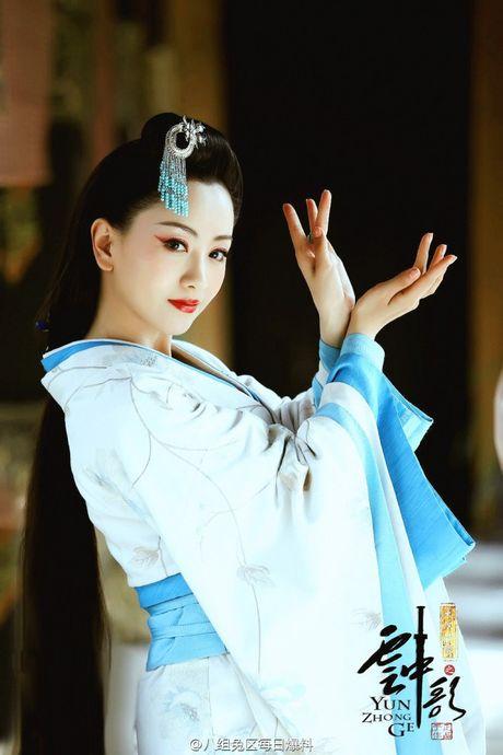 My nam 'Che tao my nhan' thanh doi voi Duong Dung trong phim moi cua Vu Chinh - Anh 8