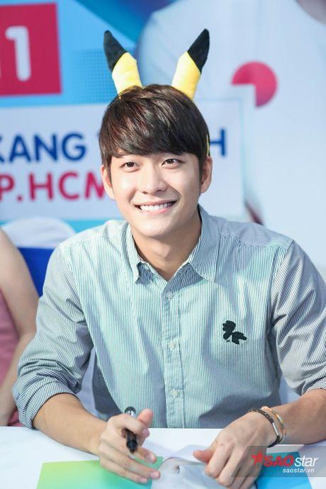 Fan Viet 'nga guc' truoc ve de thuong cua 'Pikachu' Kang Tae Oh - Anh 17
