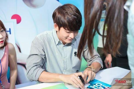 Fan Viet 'nga guc' truoc ve de thuong cua 'Pikachu' Kang Tae Oh - Anh 6