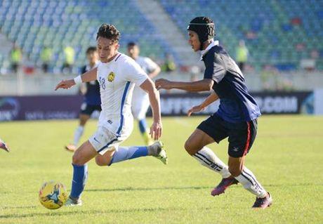 Tien dao Darren Lok: 'DT Viet Nam se vao ban ket cung Malaysia' - Anh 1
