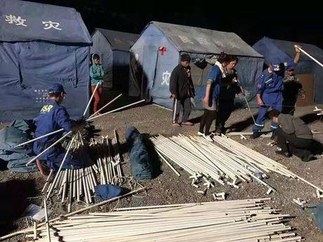 Hang ngan nguoi Myanmar chay nan sang Trung Quoc - Anh 1