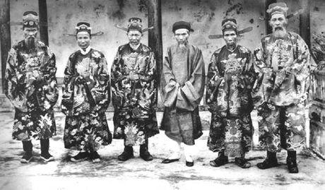 Viet su Xu Dang Trong: To chuc chinh quyen thoi chua Nguyen - Anh 1