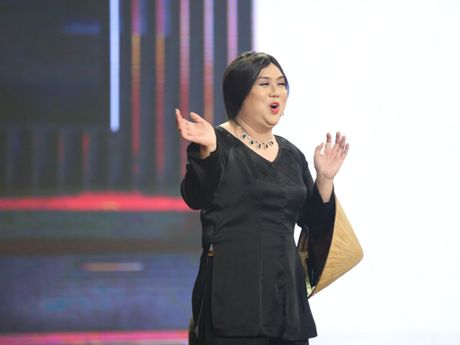 'Em trai that lac' cua Ho Ngoc Ha lan dau dong kich voi Gia Bao - Anh 2
