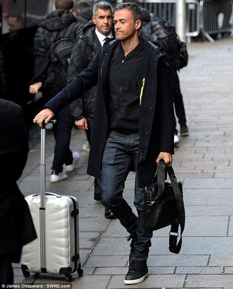 Messi tuoi cuoi truoc tin don gia nhap Man City - Anh 8
