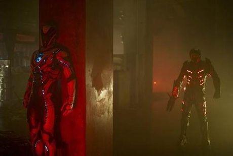 'Max Steel': Phim sieu anh hung kieu 'nha ngheo' - Anh 3