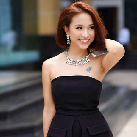Van Hugo - co gai da tai cua the he hot girl dau tien - Anh 1