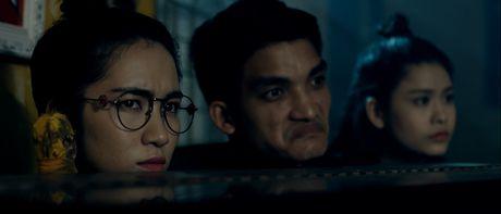 Guong mat Truong Quynh Anh bi bien dang trong 'Hinh nhan' - Anh 10