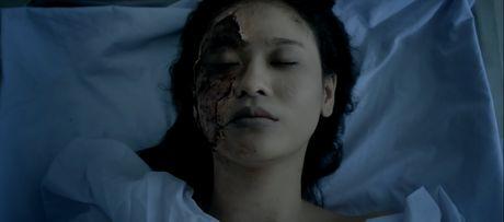 Guong mat Truong Quynh Anh bi bien dang trong 'Hinh nhan' - Anh 4