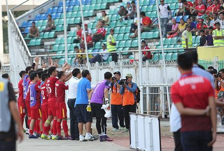 Nhieu tuyen thu Viet Nam kiet suc sau tran thang Malaysia - Anh 6