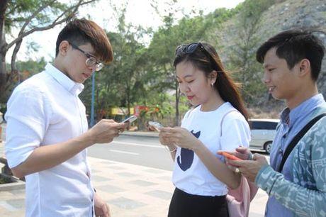 Phan mem gian diep duoc cai dat san tren nhieu smartphone Trung Quoc - Anh 1