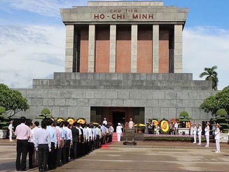 Thong bao cua Ban quan ly Lang Chu tich Ho Chi Minh - Anh 1