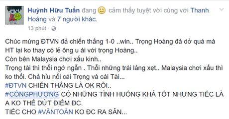 Cong dong mang tung bung sau chien thang cua Viet Nam truoc Malaysia - Anh 3