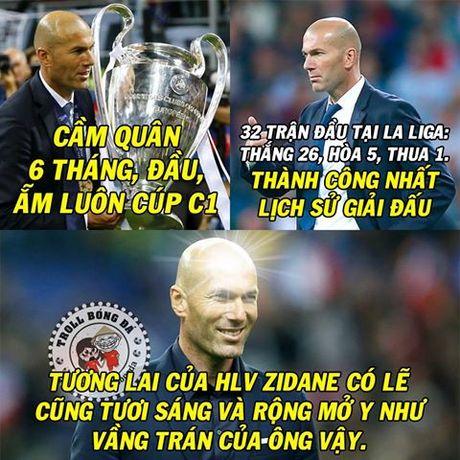 Biem hoa 24h: Ranieri, Reus 'khoe co bap', Mourinho che cuoi Tottenham - Anh 7